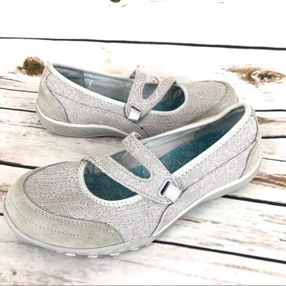 Skechers 8 Womens Mary Janes Lace Gray Leather Air
